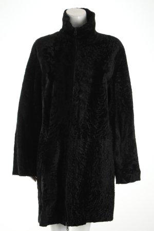 Mantel schwarz extravaganter Stil
