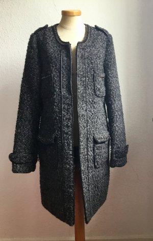 Mantel von Amisu