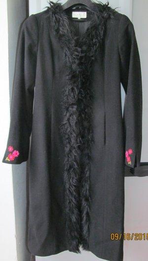 Mantel von H&M mit Fellkragen