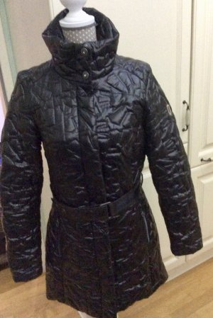 Northland Abrigo acolchado negro