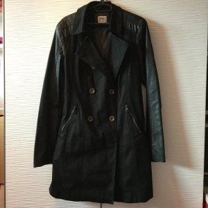 Mantel von Only in schwarz