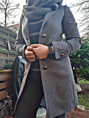 Mantel von Stefanel wie neu!