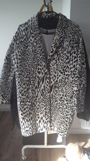 Mantel von zara, zebra muster