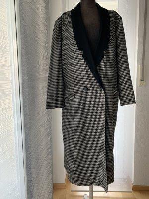 Abrigo de lana blanco-negro