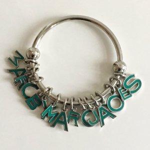 Marc by Marc Jacobs Logo Charms Armreif Armband Silber Buchstaben Letter Bettelarmband