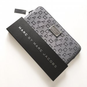 Marc by Marc Jacobs MacBook Ipad Tablet Hülle Grau Clutch Tasche Neopren NEU