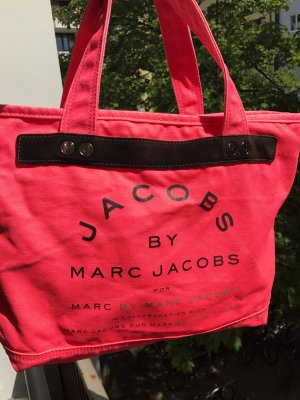 Marc by Marc Jacobs Shopper in Neon Pink