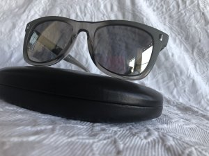 Marc by Marc Jacobs Angular Shaped Sunglasses grey acetate