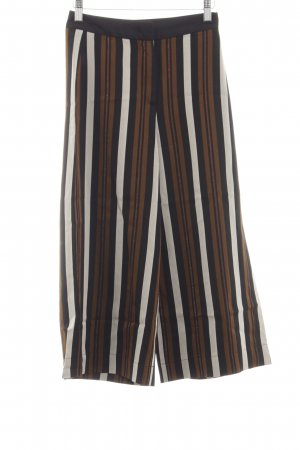 Marc Cain Culottes Streifenmuster Street-Fashion-Look