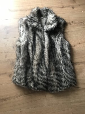 Marc Cain Fur vest black-oatmeal