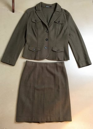 Marc Cain Ladies' Suit olive green-dark green