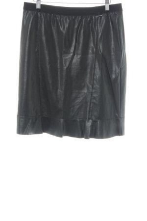 Marc Cain Falda de cuero de imitación negro elegante