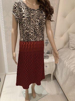 Marc Cain Leopardenoptik Kleid N5 gr 40/42dehnbar der Stoff