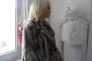 Marc Cain  luxuriöser Fake Fur Mantel Fellmantel Kunstpelz Webpelz N6/ 44/ 46