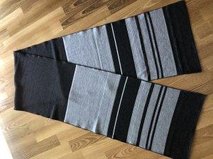 Marc Cain Écharpe en laine gris clair-gris