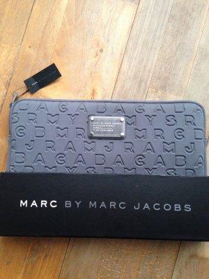 Marc by Marc Jacobs Laptoptas grijs