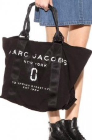 new arrival 15ac7 f286b marc-jacobs-small-logo-tote-bag-black-4dd2f5.jpeg