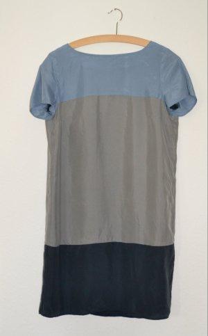 Marc O´Polo – Seidenkleid mit Blockstreifen in zartem Blau-Grai, Gr. 36
