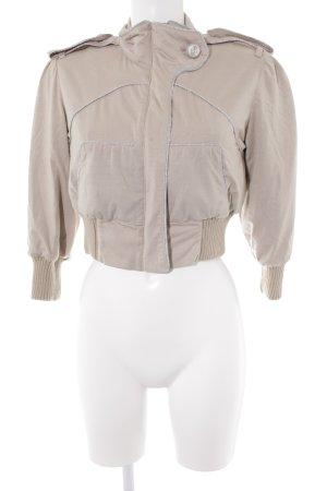 Marcel Ostertag Kurzjacke creme-beige Street-Fashion-Look
