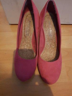 Marco Tozzi High heel.