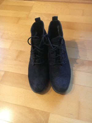 Marco Tozzi Lace-up Booties black