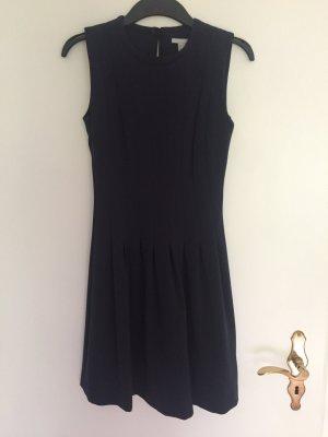 Marine blaues Kleid