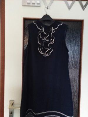 Marine Kleid