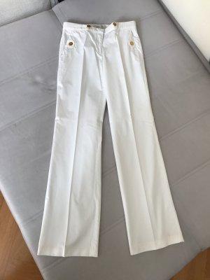 Marine Stil weiße Hose By Malene Birger. Tolles Detail die goldenen Ankerknöpfe