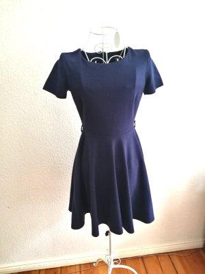H&M Vestido de tela de sudadera azul-azul oscuro
