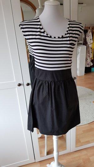 maritimes Kleid