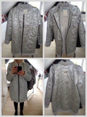 Marken Mantel in Größe L