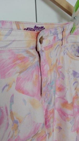 Markenjeans Blumenprint 7/8 Hose in sommerlichen Look / Größe 42 / neuwertig
