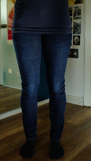 Markenjeans von Nudie Jeans Co, 100% organic cotton