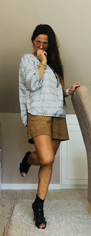Marni Zijden blouse grafisch patroon straat-mode uitstraling Zijde