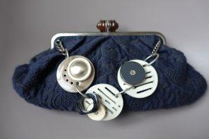 MARNI Tasche, aus dunkelblauem Stoff, mit Schmuckkette !! Vintage-Stil mit modernen Elementen !!