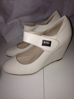 Mary Jane Wedges - Creme