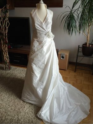 Marylise traditionelles, weiße Prinzessinnenkleid Brautkleid