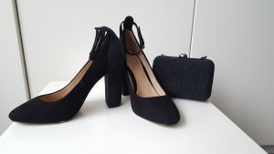 Massimo Dutti set of shoes and clutch