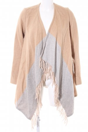 Massimo Dutti Übergangsmantel beige Street-Fashion-Look