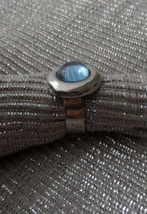 massiver Ring aus 925 Silber mit einem Hellblauen Stein Gr: 53 (17)