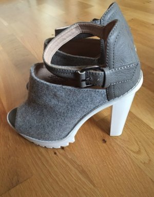 H&M High Heel Sandal white-grey