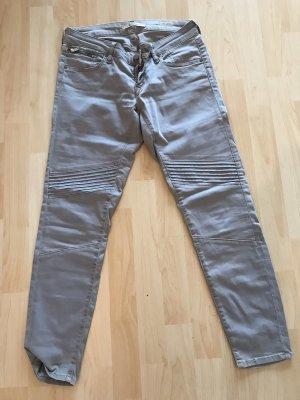 Mavi pantalón de cintura baja multicolor