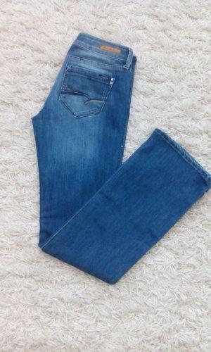 Mavi Jeans Co. Mid - Waist Slim Bootcut in heliblau