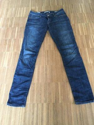 MAVI Jeans - Model Lindy