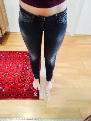 Mavi Skinny Jeans LINDY zu vergeben!