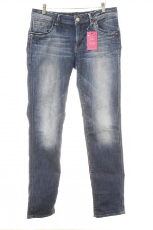 mavi UPTOWN Carrot Jeans dark blue casual look