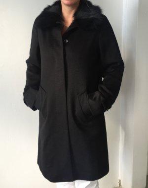 Max Mara Mantel aus Schurwolle mit abnehmbaren Fellkragen Gr 38