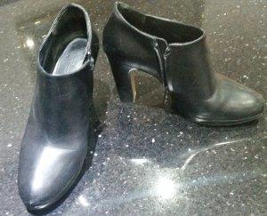 Max Mara Stiefeletten schwarz Leder 39