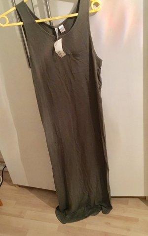 Maxi Kleid von Divided Basic