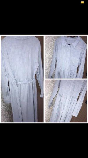 Vestido de manga larga azul celeste